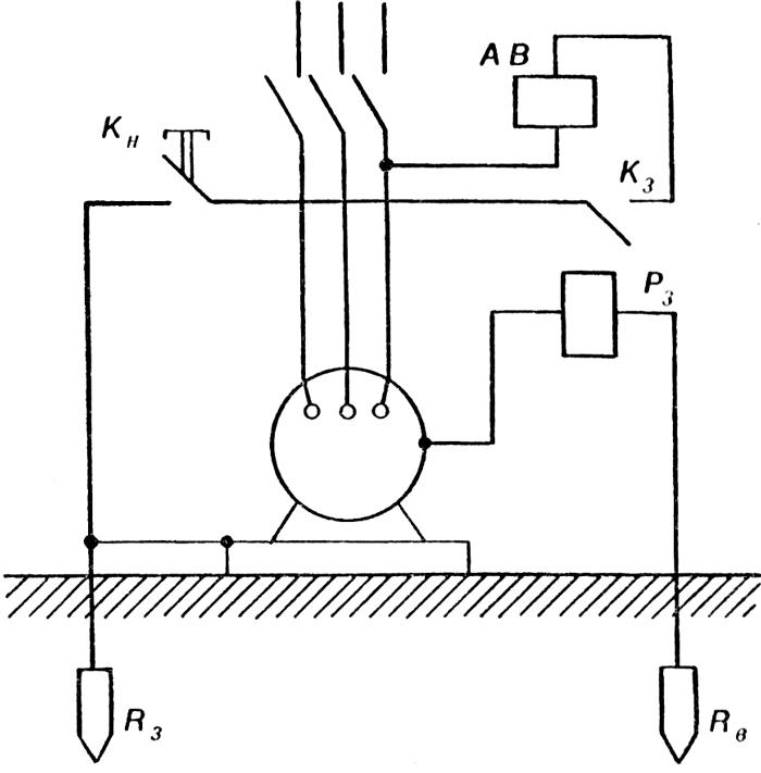 Схема защитного отключения, срабатывающего при появлении напряжения на корпусе относительно земли